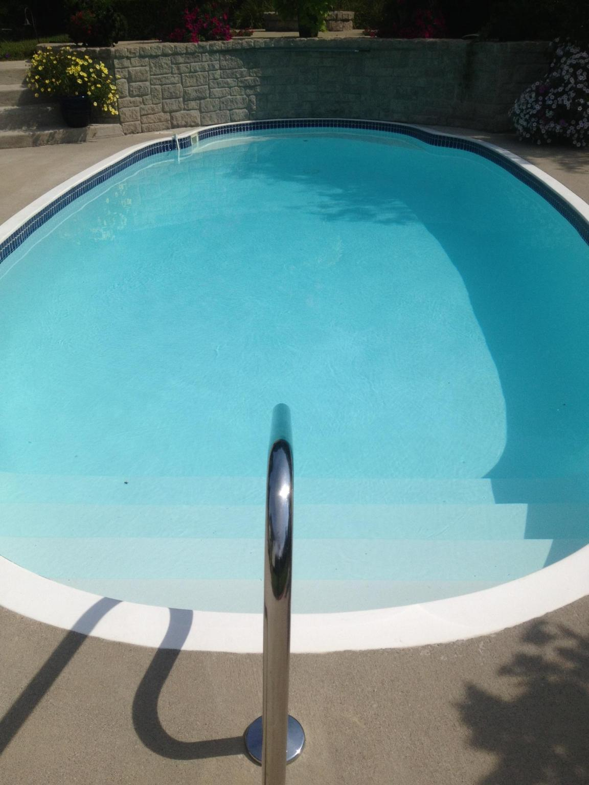 9 Popular Pool Surfaces For Gunite Concrete Fiberglass Vinyl Swimming Pools Ask The Pool Guy