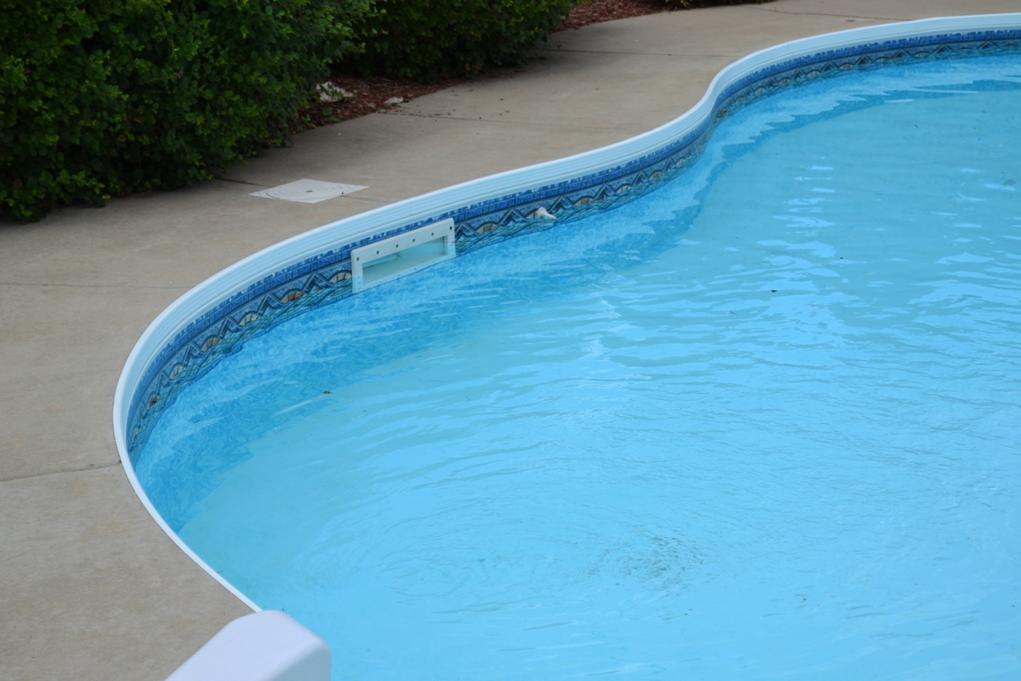 Pool Water Level – Skimmers – Ask the Pool Guy