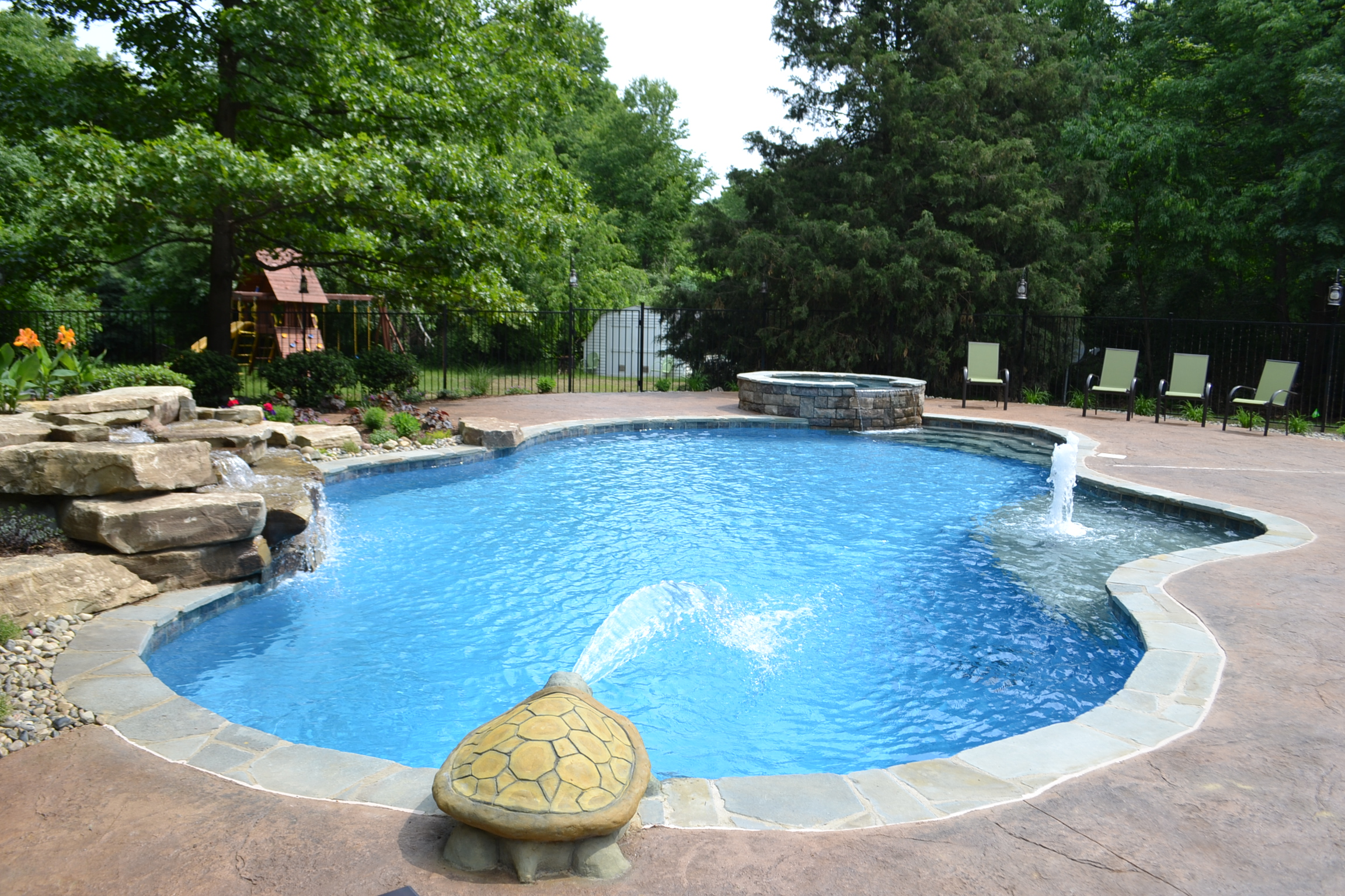 Chlorine Alternatives For Swimming Pools Ask The Pool Guy