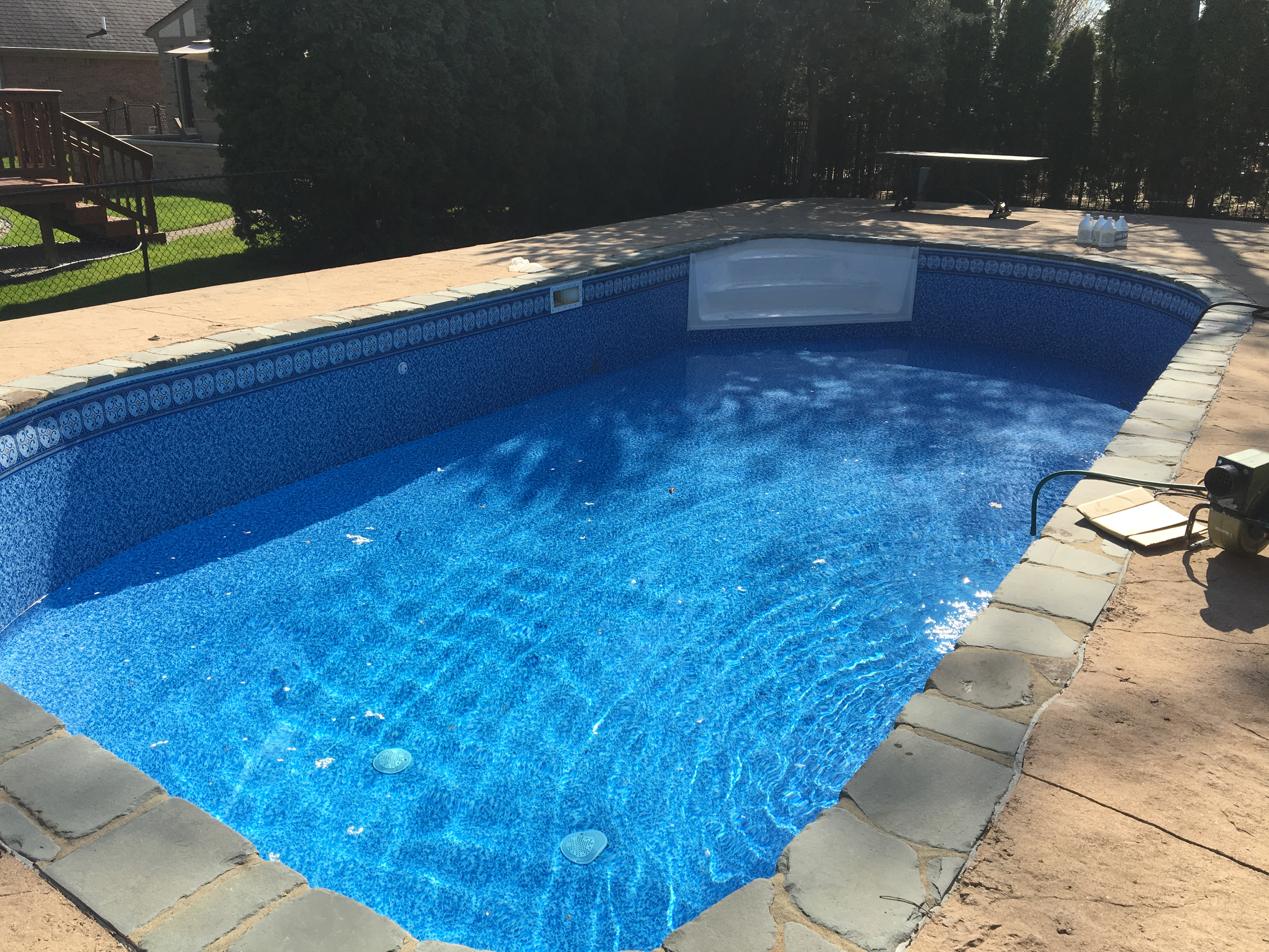 Tru tile by latham industries in vinyl and hybrid pools for Vinyl swimming pool